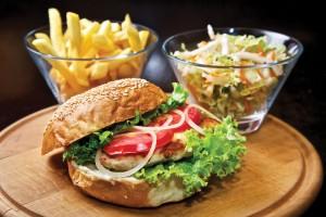 chicken-burger-snacking
