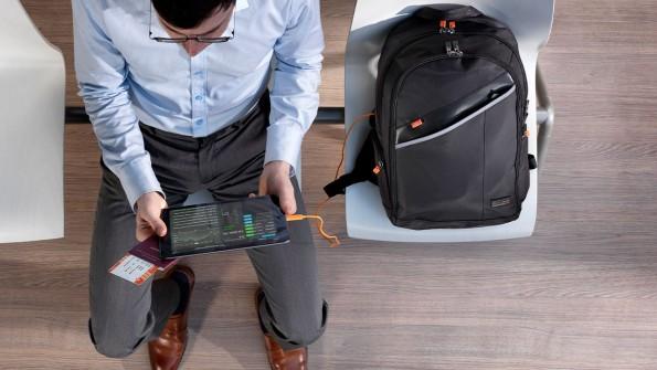 Les sacs à dos qui rechargent vos batteries.