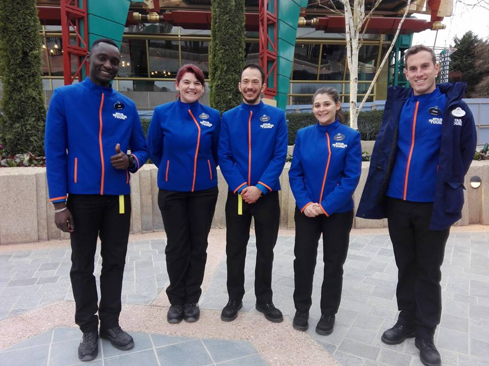 Star Tours : l'aventure continue - Disneyland Paris - Nouveaux constumes des cast-members