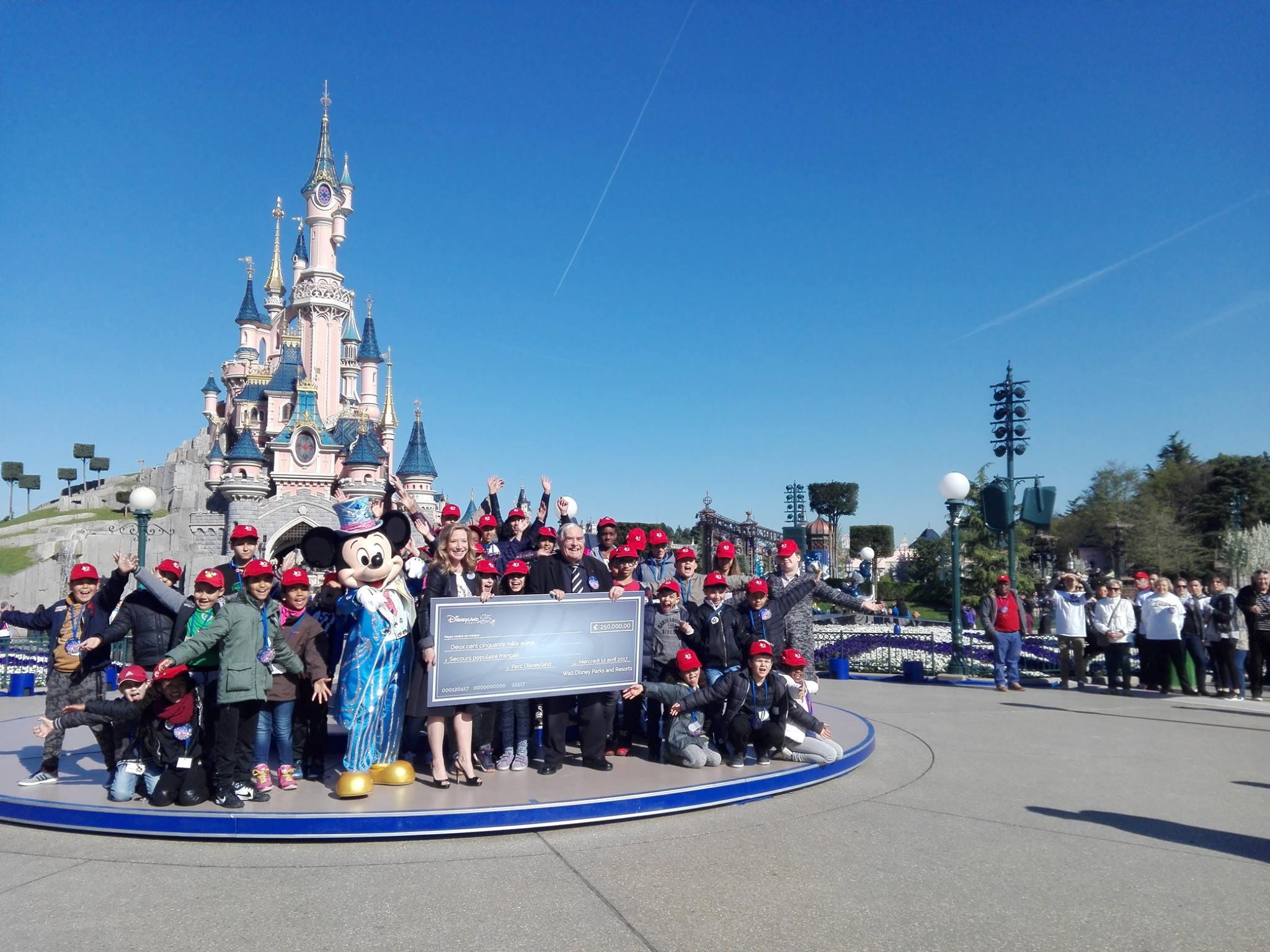 Secours populaire français - 25 ans de Disneyland Paris - 12 avril 2017