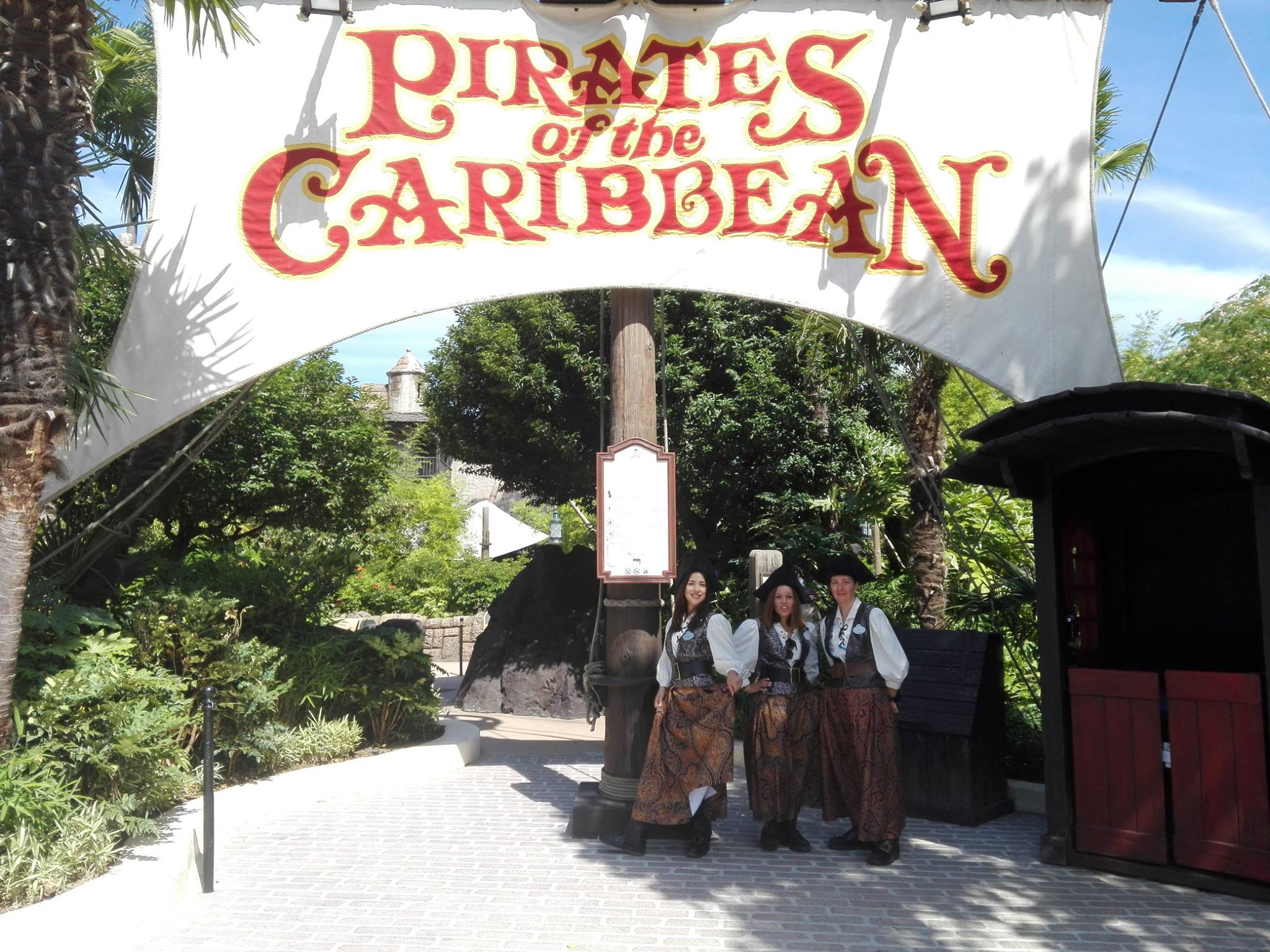 Nouvelle entrée de l'attraction Pirates des Caraïbes - Disneyland Paris