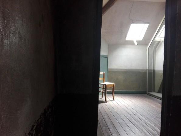 La chambre prête à accueillir le tableau de Van Gogh.