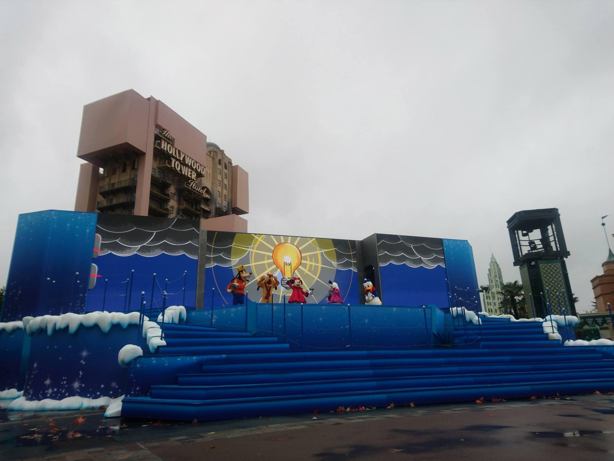 #SurpriseMickey - Disneyland Paris - Production Courtyard - Mickey 90