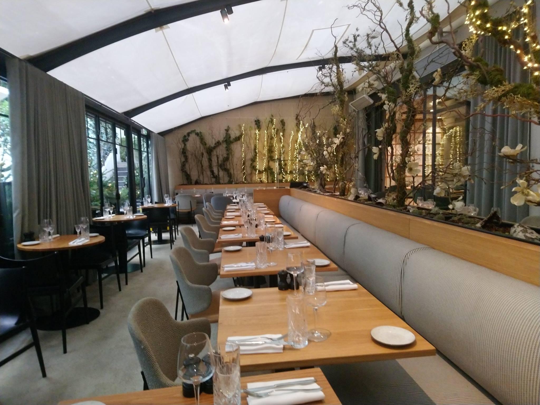 Salle du Flora Danica - Paris