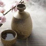 Le saké part à l'assaut des consommateurs français