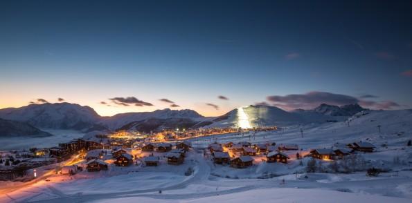 L'Alpe d'Huez - Vue nocturne de la station