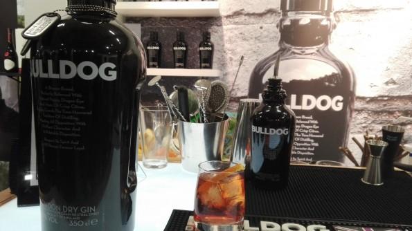 Bulldog - Gin - Cocktails Spirits 2016