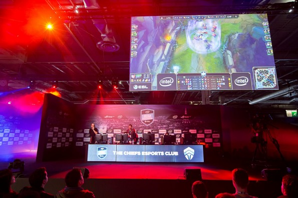 ESL France - Paris Games Week 2016