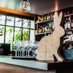 Restauration: à Suresnes, un Père lapin en renouvellement permanent