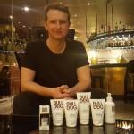 Simon Duffy, l'Anglais qui réveille la cosmétique pour hommes, lance Bulldog en France
