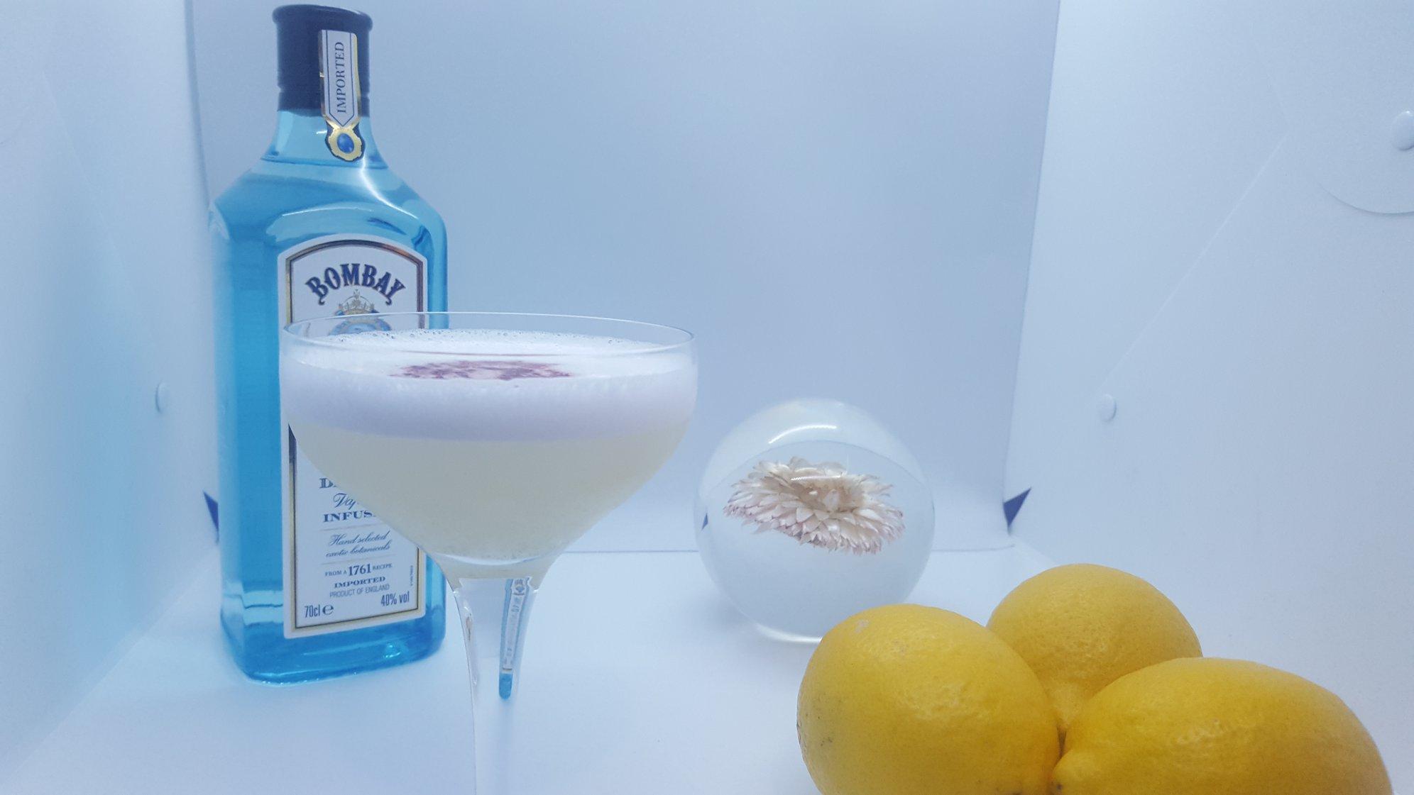 Gin Bombay Sapphire - Canvas Bar Paris