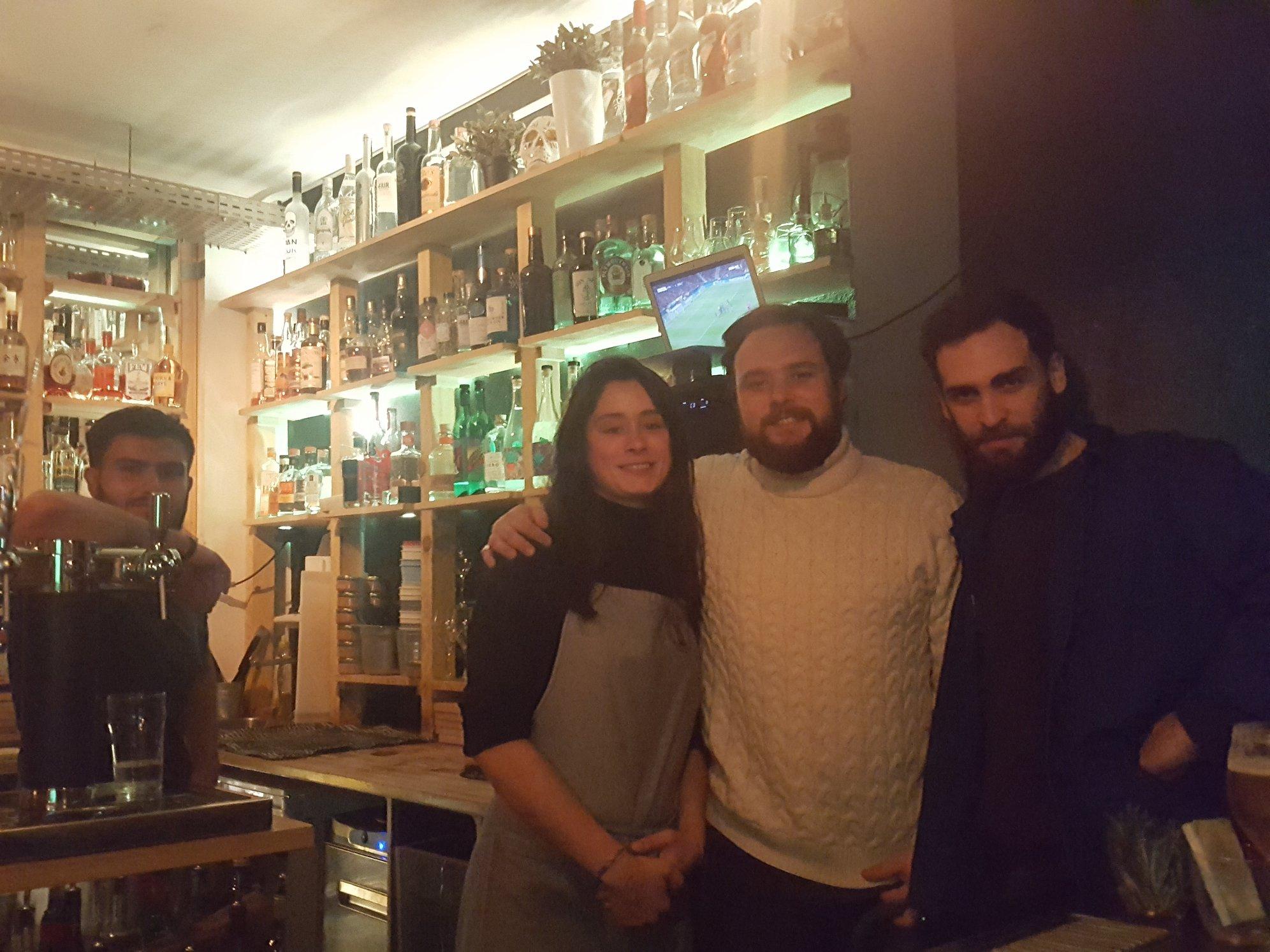 Nils Schacherer et la nouvelle équipe d'Avek, à Paris