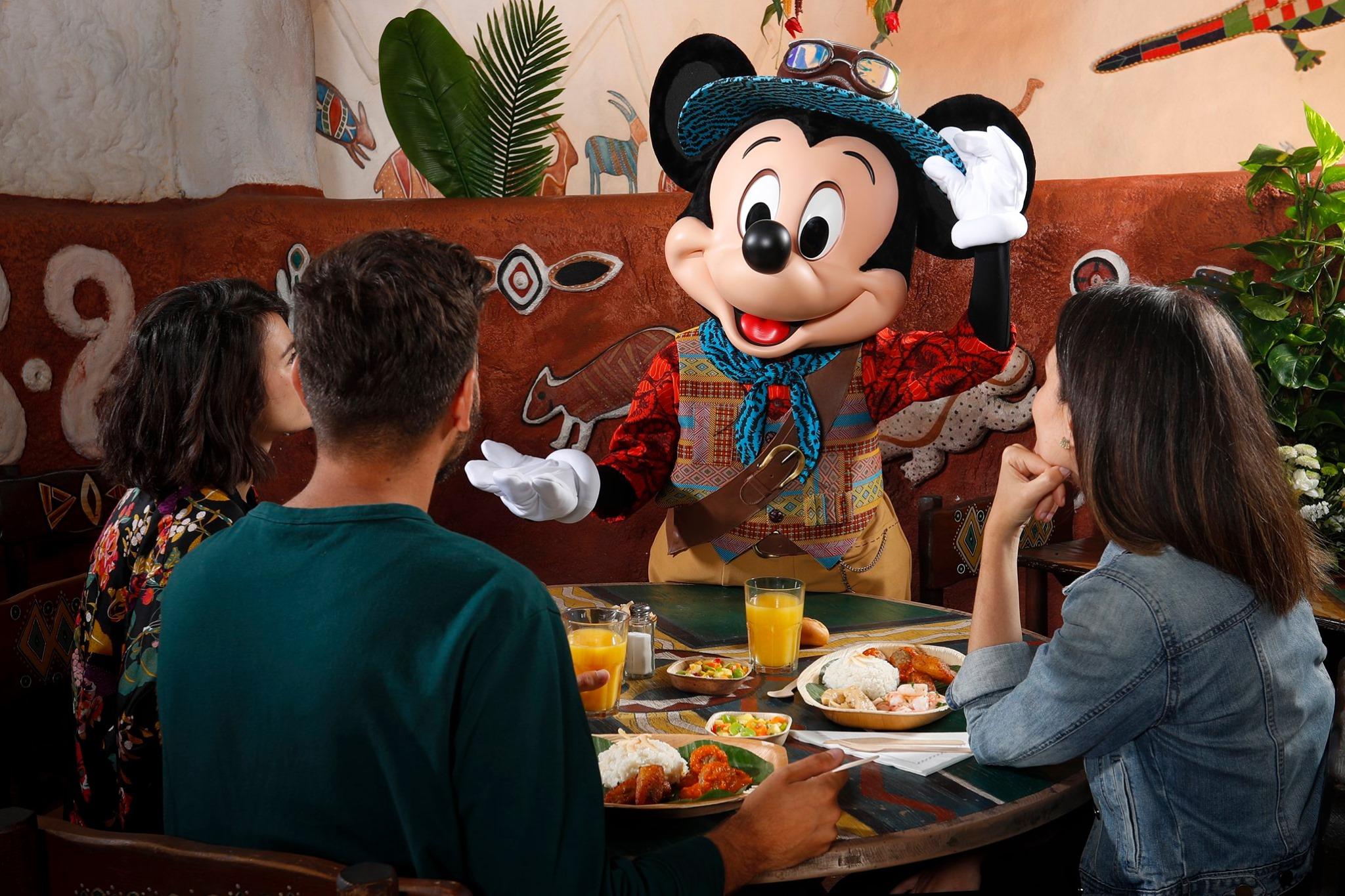 Repas africain avec Mickey - Festival du Roi Lion - Disneyland Paris