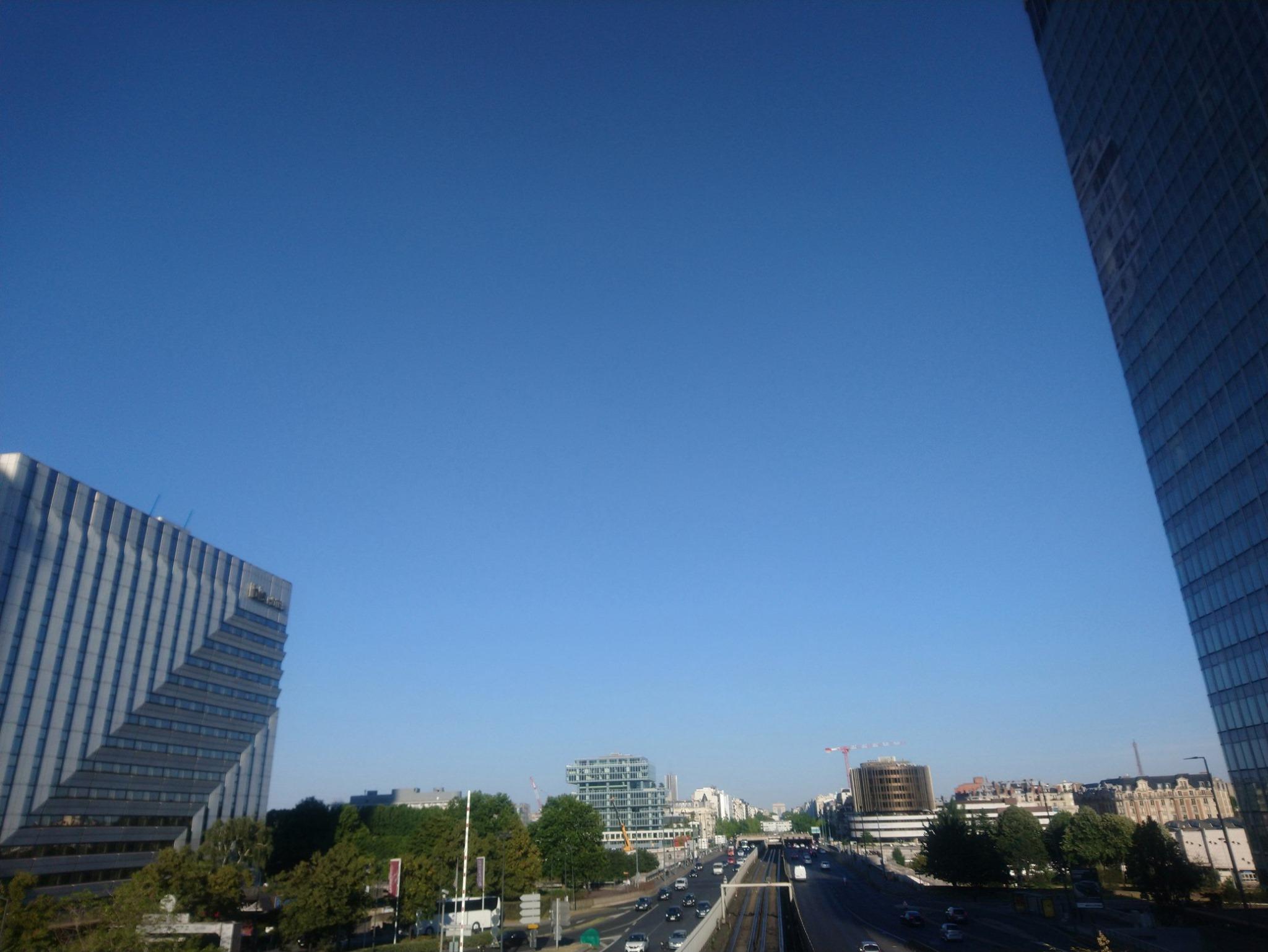 Vue La Défense vers Paris -Oxygen La Défense