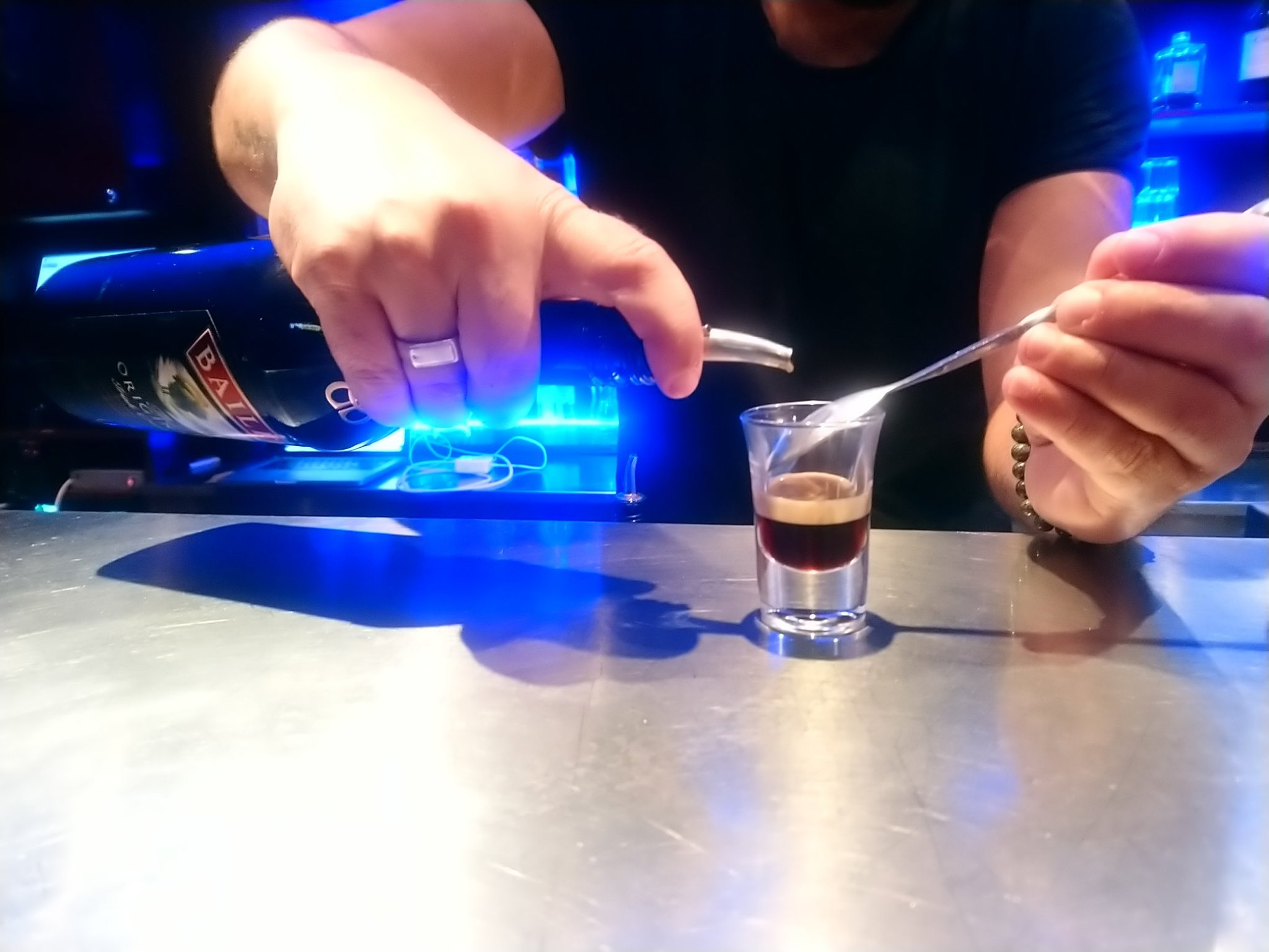 Millesim Pub Fréjus - Shotter B52 (Baileys, Cointreau)