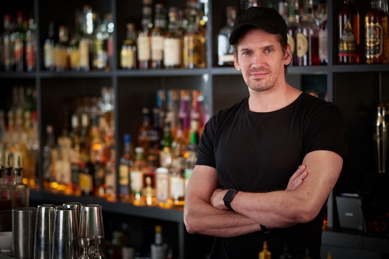 Nico de Soto - Barman (Danico, Mace, Kaido)