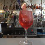 Bar à cocktails: le French Riviera Marais veut ensoleiller les Parisiens