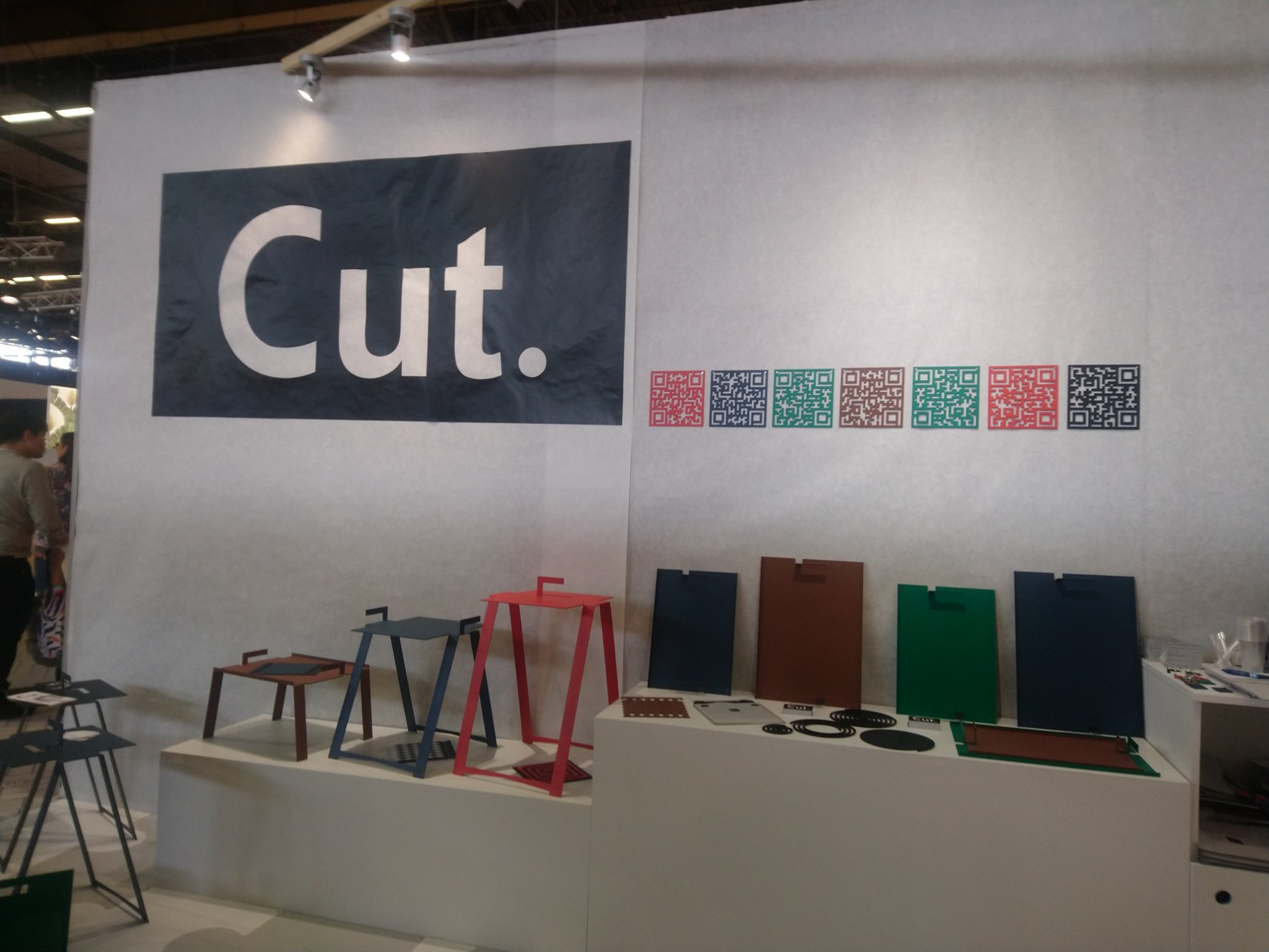 Cut - Mobilier en acier, découpe laser, Yann Le Gal
