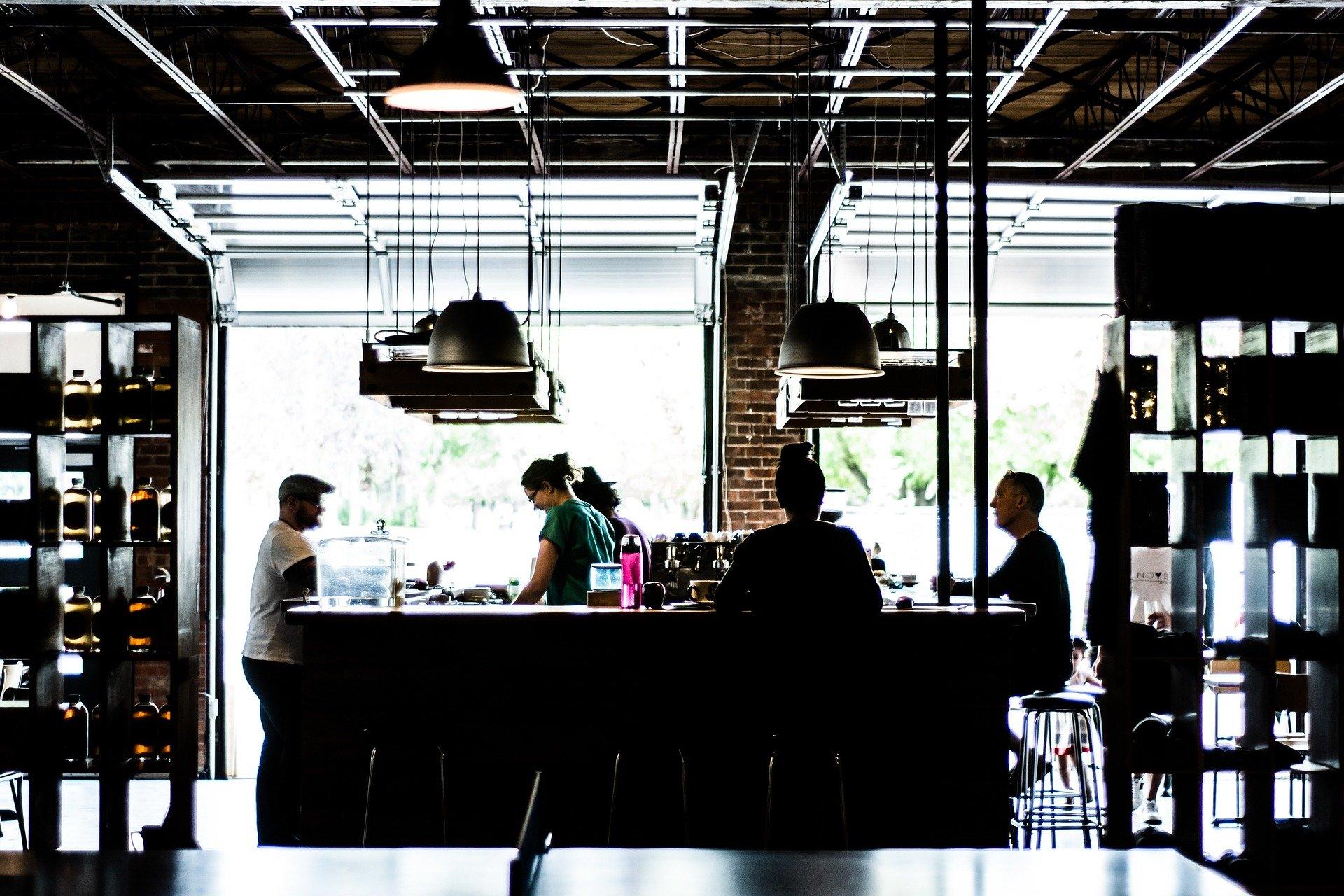 Bar - Comptoir et bartenders