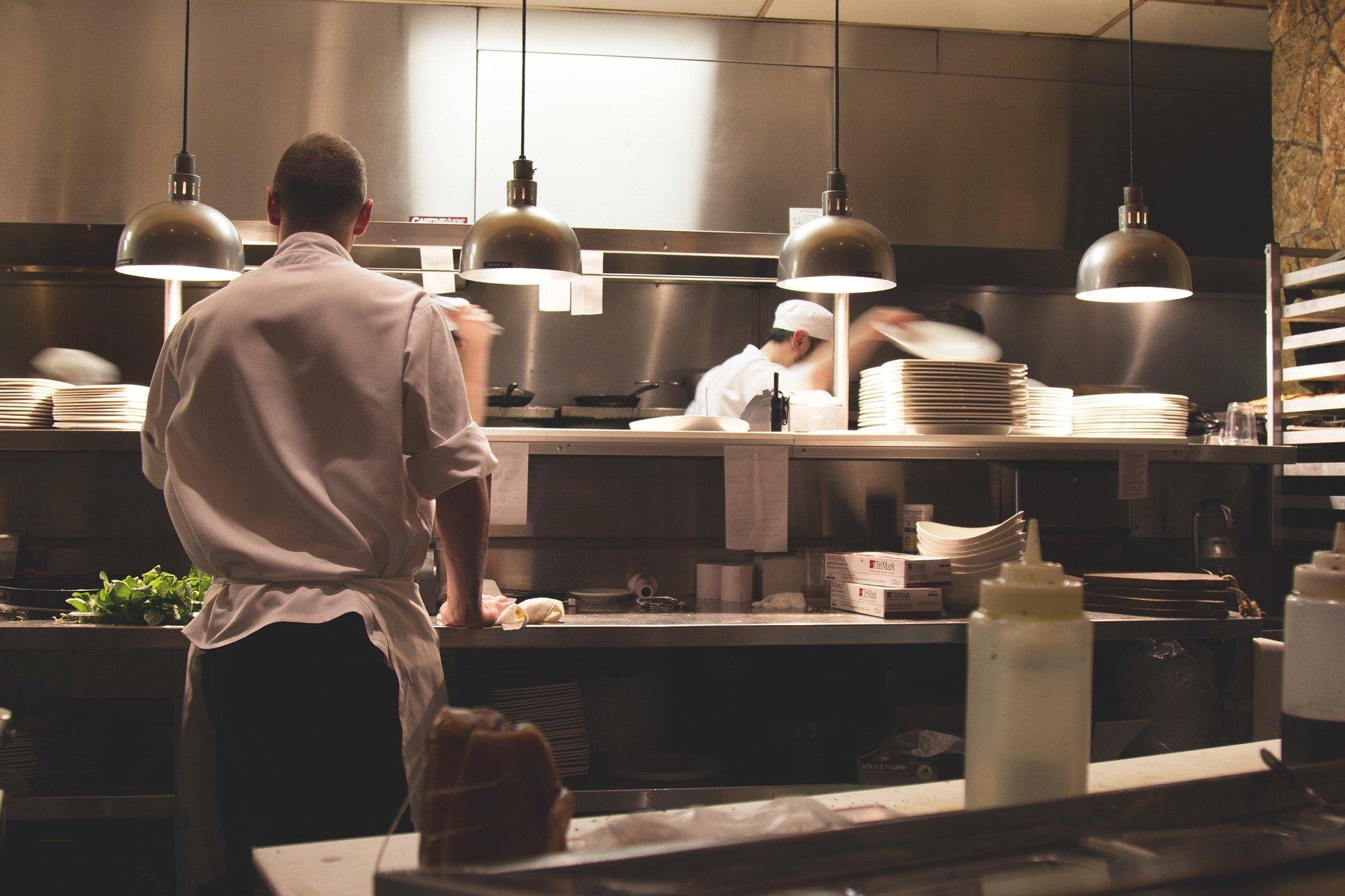 Cuisine et brigade en restaurant