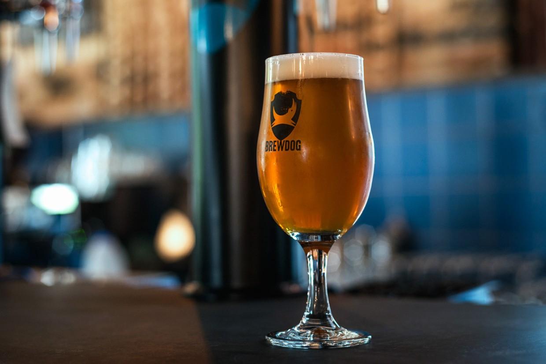 Bière IPA BrewDog au bar