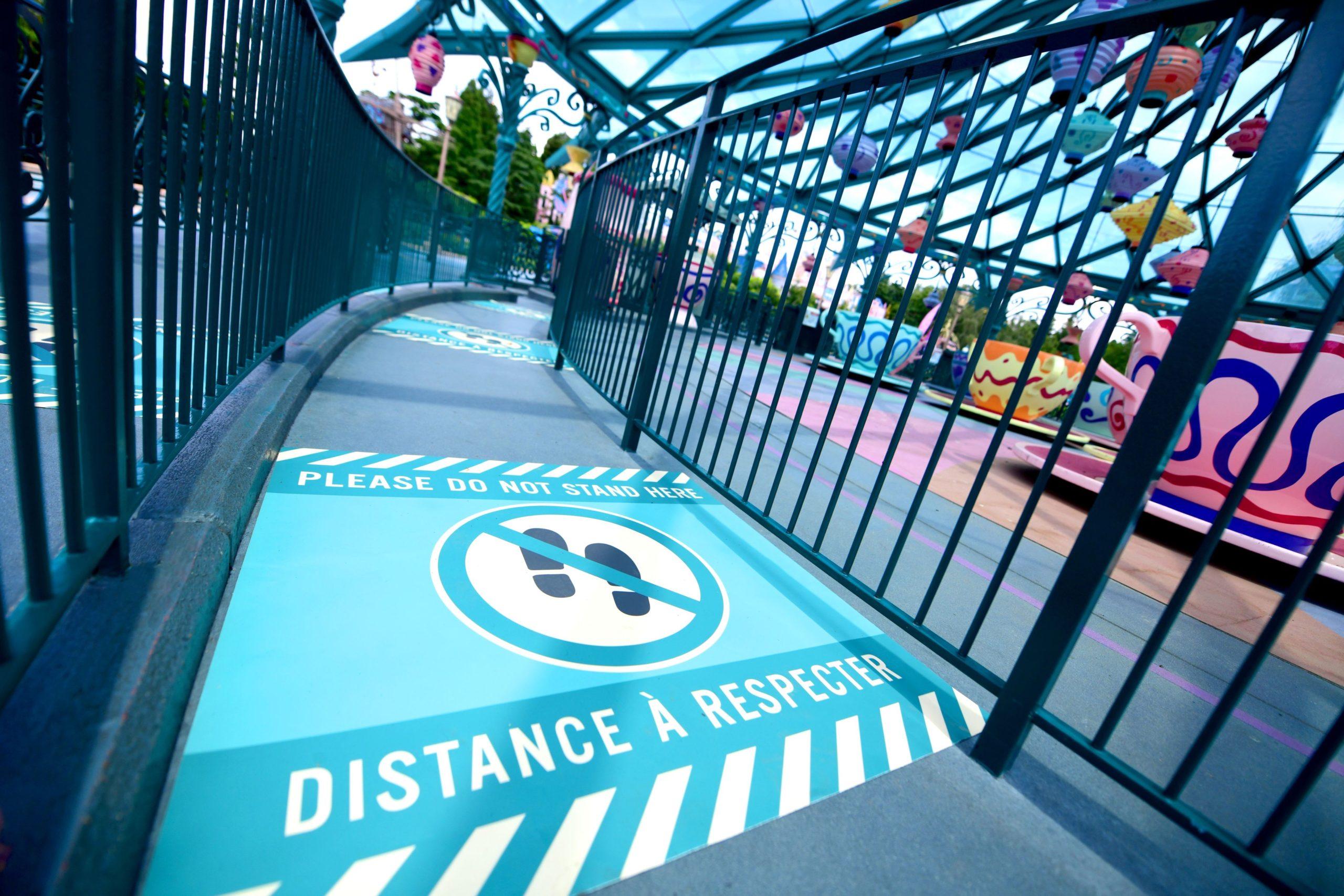 Marquage au sol - Disneyland Paris - Distanciation