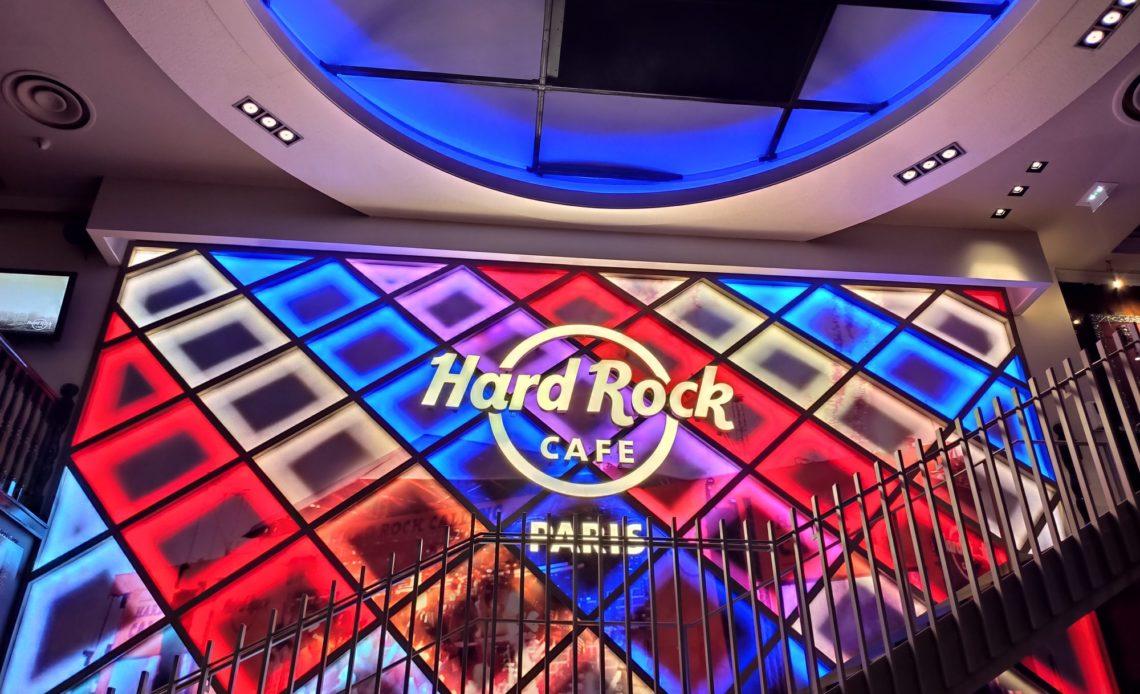Hard Rock Cafe Paris - Nouveau wall après travaux (2020)