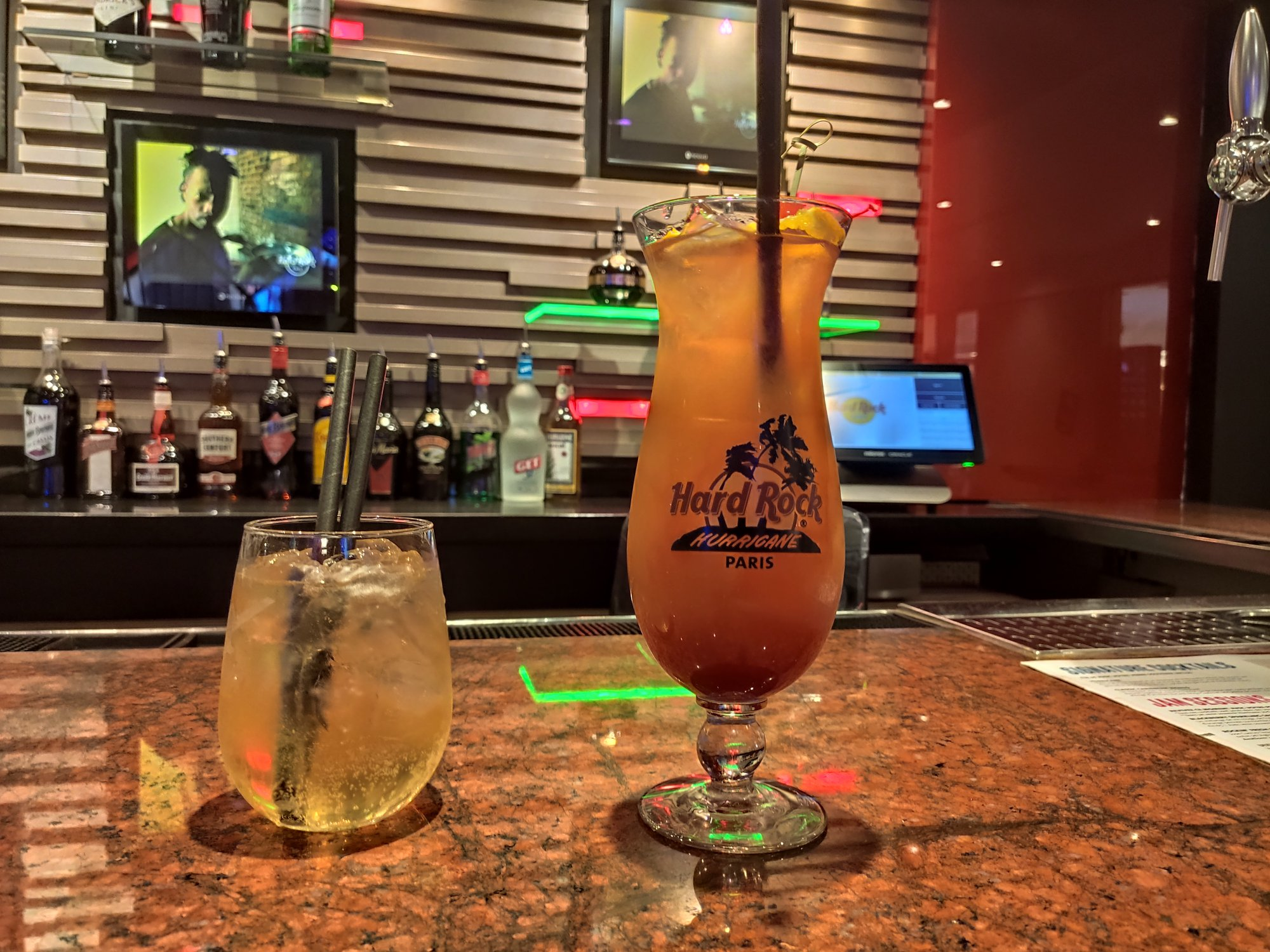Dark & Stormy et Hurricane - Cocktails - Hard Rock Cafe Paris