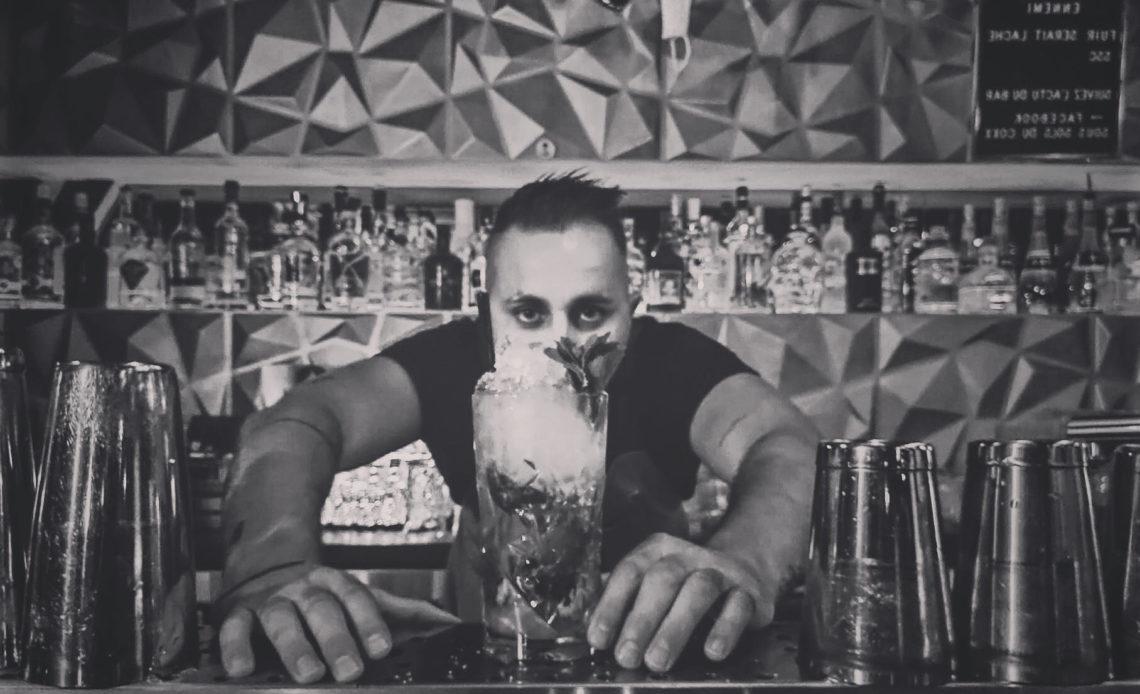 Stéphane Saint-Denis - Barman -Les Sous-Sols du Coxx (Fréjus)