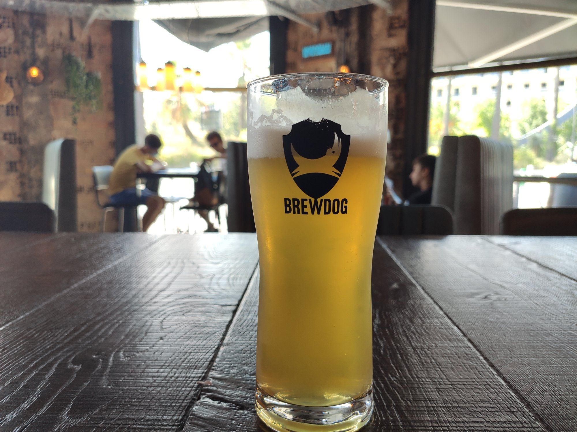 Pinte de bière - BrewDog Nice