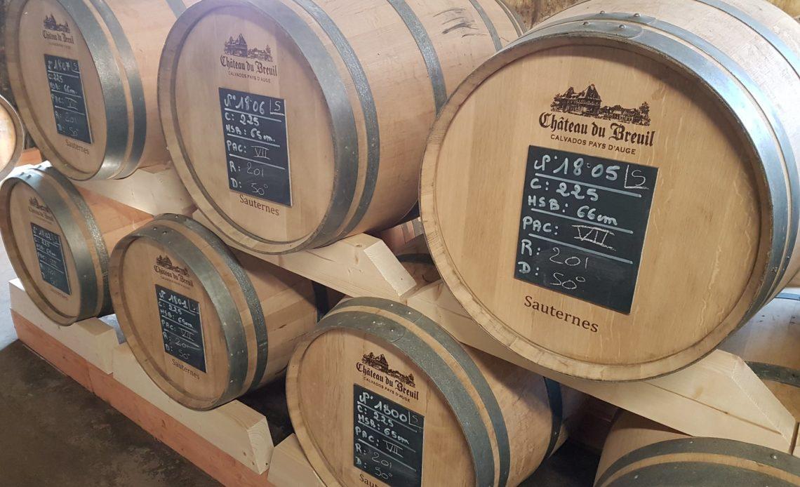 Calvados - Fûts au Château du Breuil