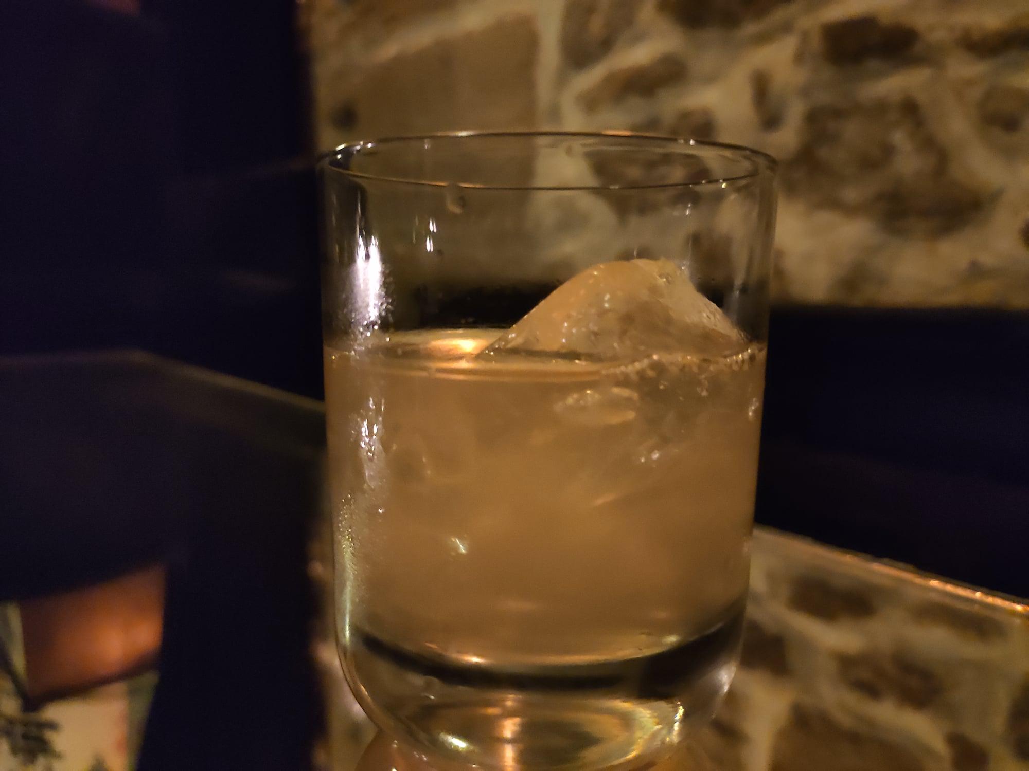 Cocktail à l'Experimental Cocktail Club (Paris)