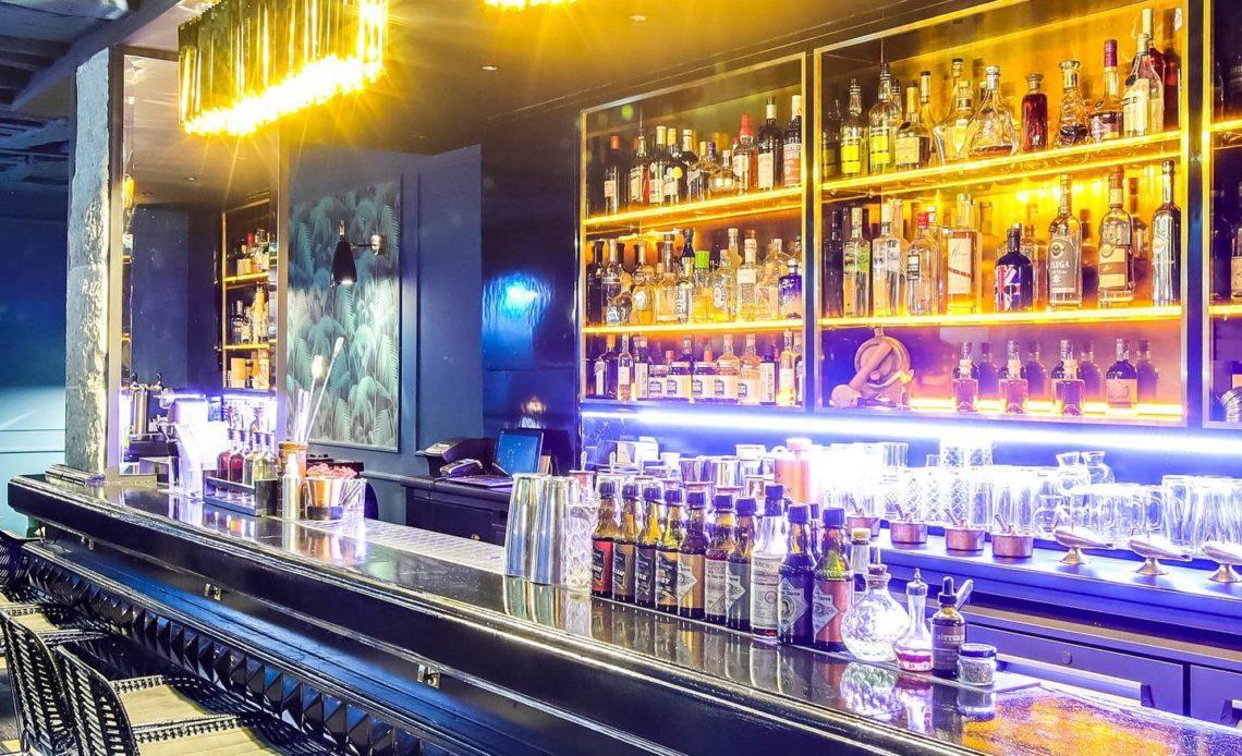 Solera Paris - Comptoir - Bar à cocktails