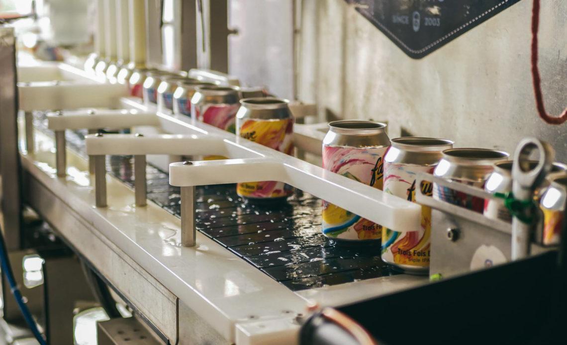 Fauve Craft Bière - Mise en canettes avec Los Bucaneros