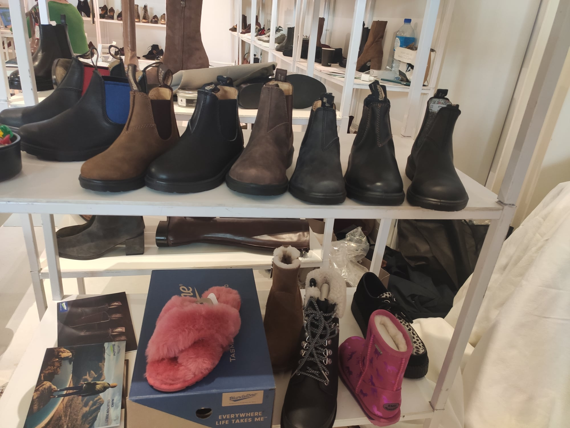 Chaussures et chaussons (Héritage Diffusion)