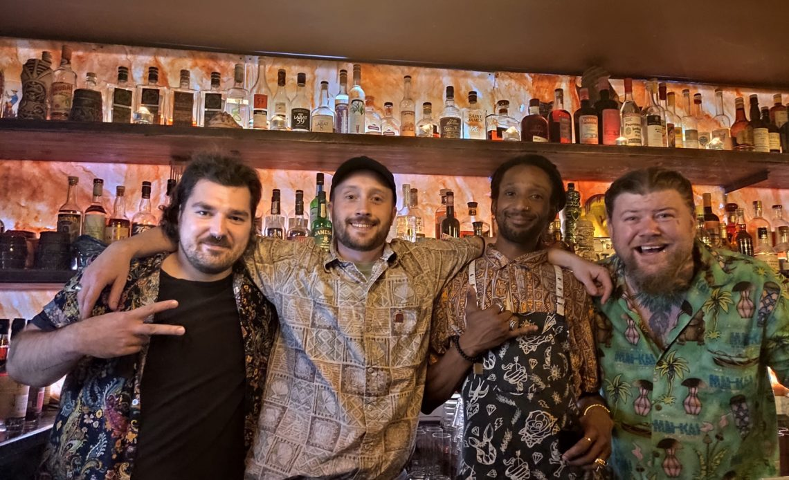 Scotty Schuder, Alex Sadio, Cameron Cresswell - Dirty Dick - Paris