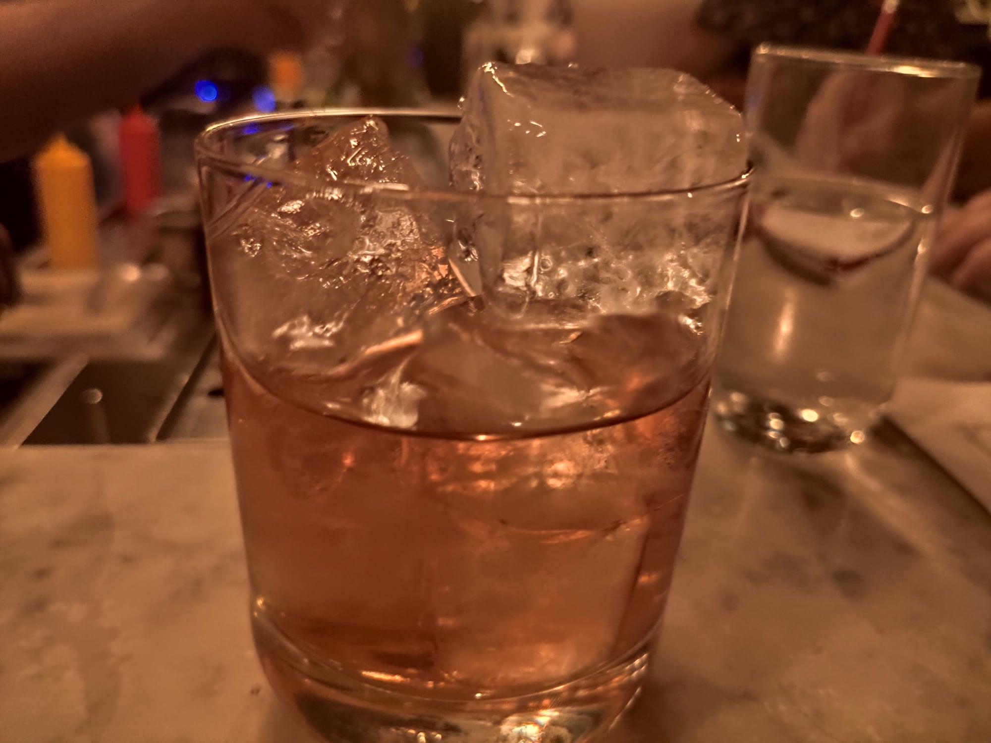 Cocktail au bar Lulu White (Paris)