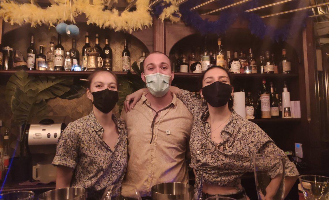 Ben Cooper et l'équipe du Lulu White - Bar à cocktails (Paris)