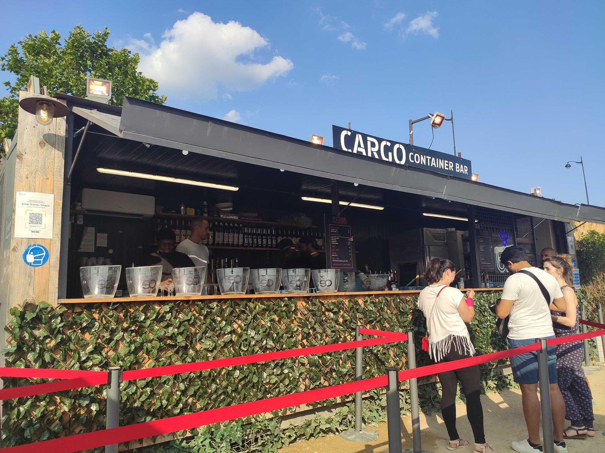 Cargo Container Bar - Paris