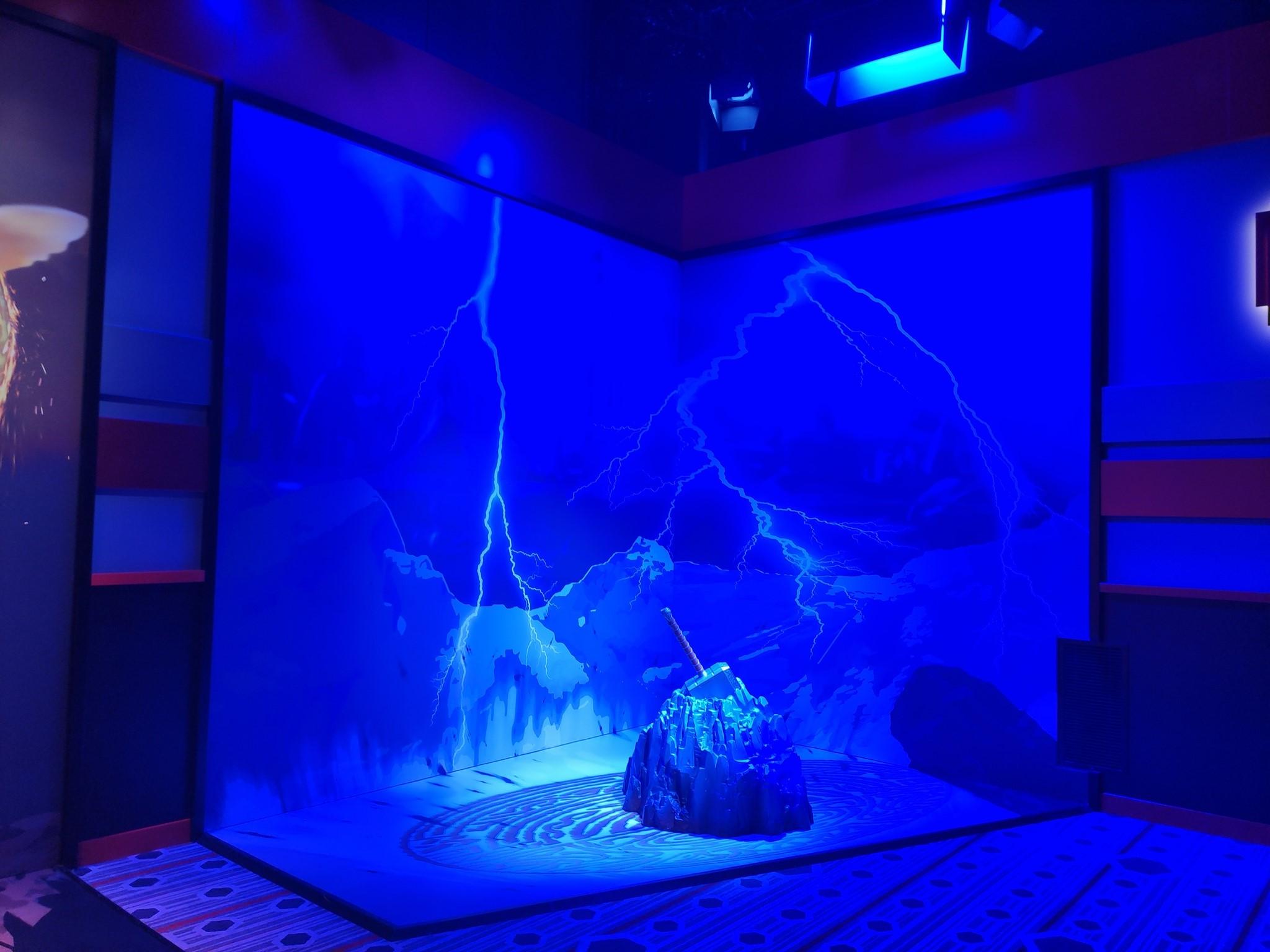Super Hero Station - Disney's Hotel New York - The Art of Marvel