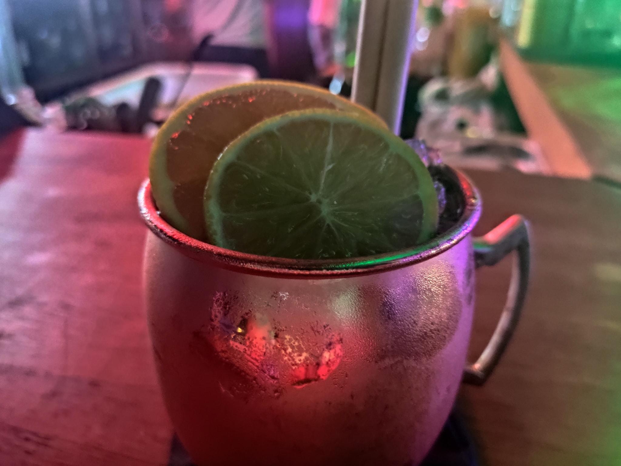 Jamaïcan Mule - The 7Th Heaven - Bar de nuit cocktails rooftop - Fréjus