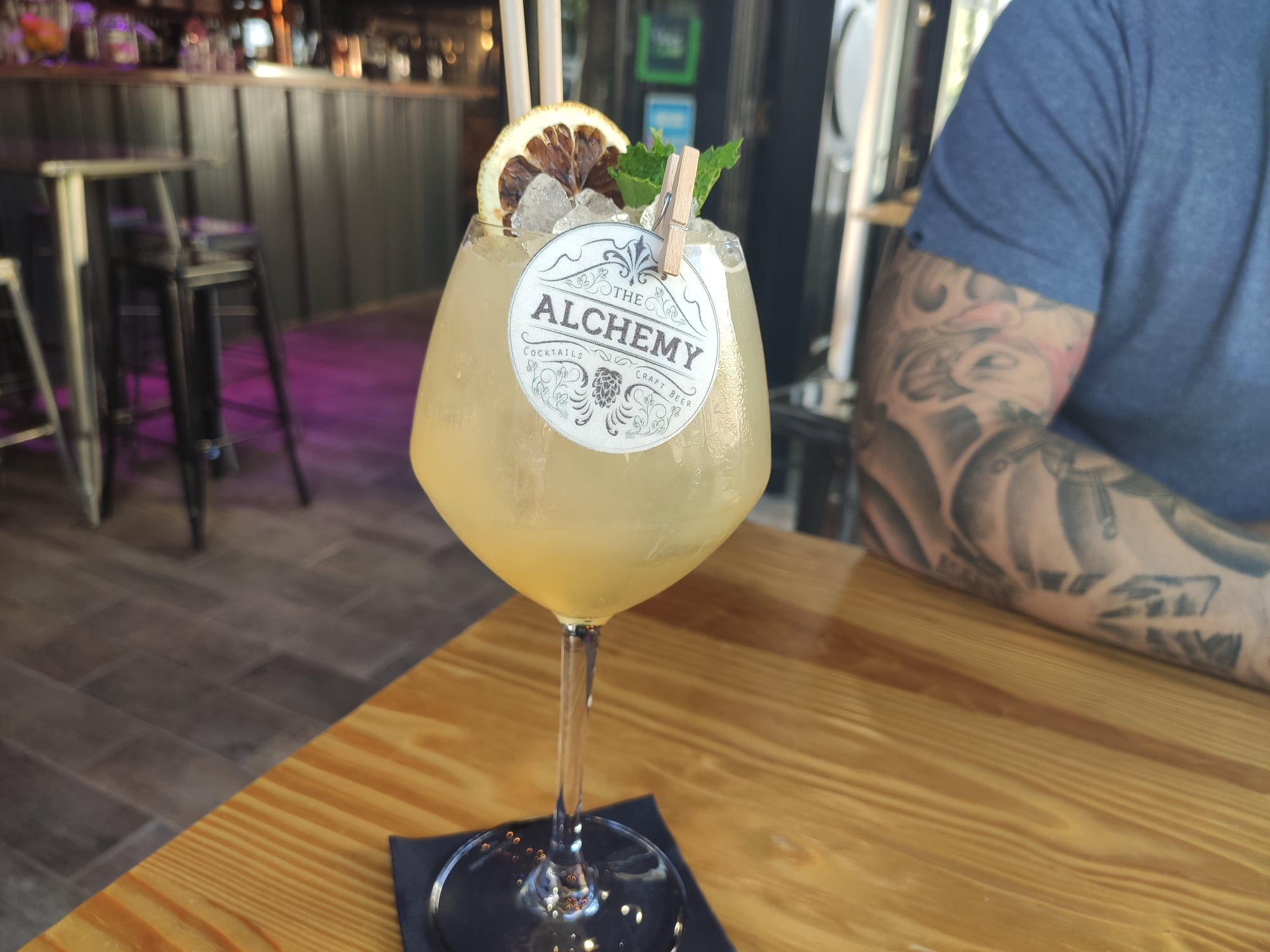 Cocktail London Pride - The Alchemy - Bar à Saint-Raphaël