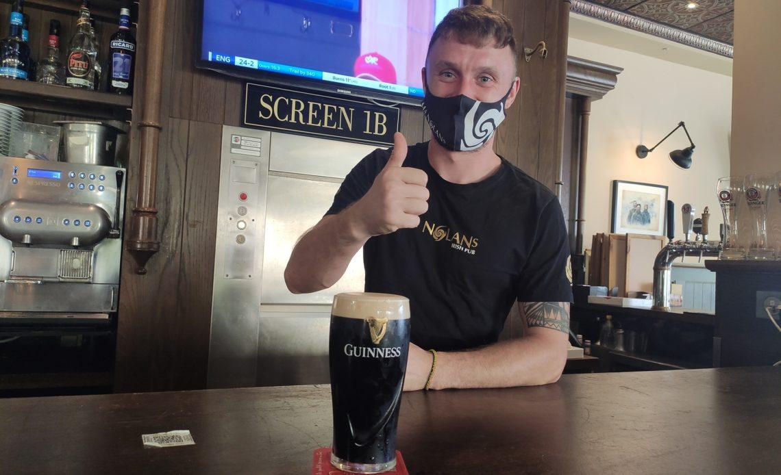 Fionn Doyle - Bar manager - Ma Nolan's irish pub - Cannes (06)