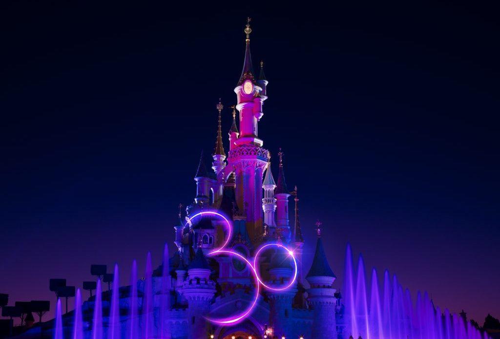 Disneyland Paris - Château - Logo 30 ans